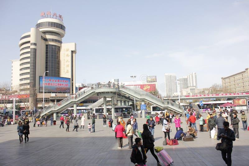 Η άποψη χειμερινών οδών στην πόλη XiangYang (hubei, Κίνα) στοκ εικόνα