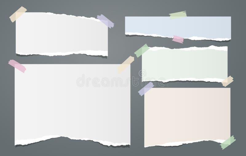 Η άσπρη και ζωηρόχρωμη σημείωση, λουρίδες εγγράφου σημειωματάριων με τις σχισμένες άκρες κόλλησε με την κολλώδη ταινία στο σκοτει διανυσματική απεικόνιση
