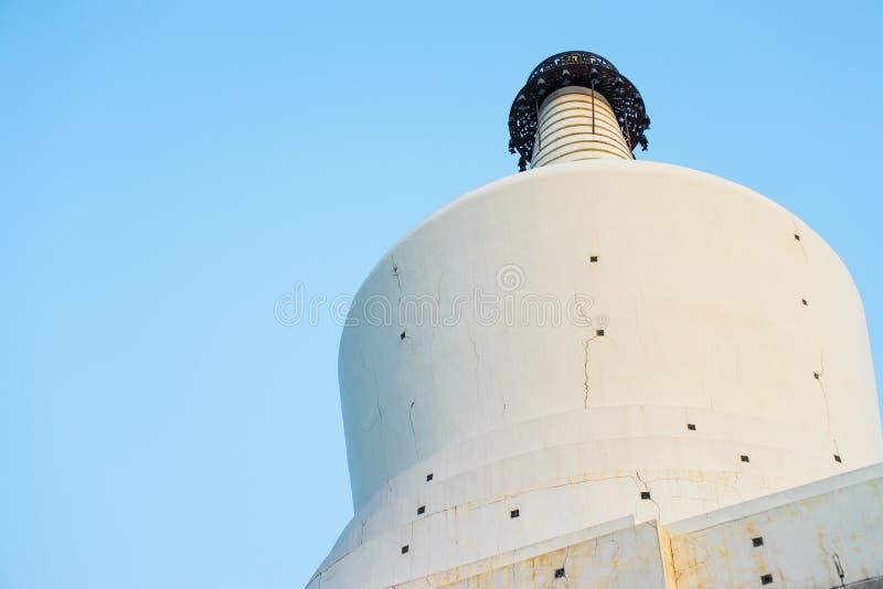 Η άσπρη παγόδα στο πάρκο Beihai στο Πεκίνο, Κίνα στοκ φωτογραφίες