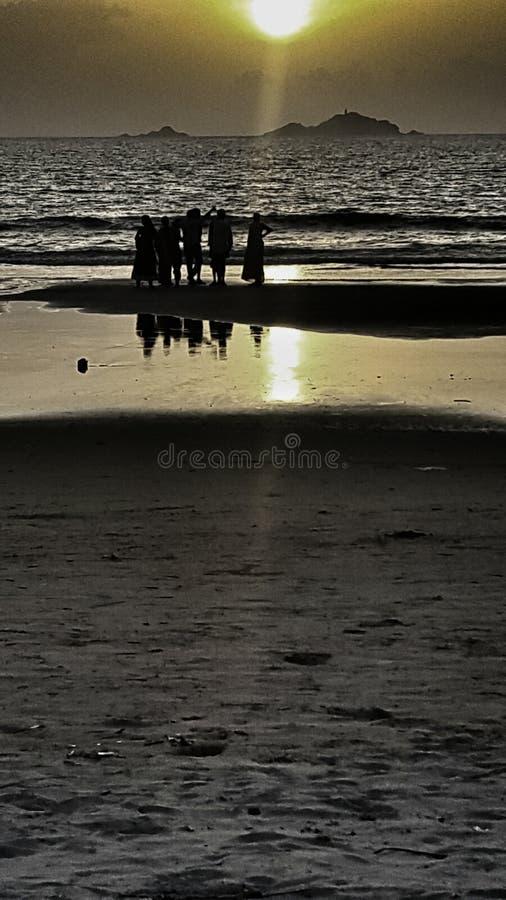 η έκθεση παραλιών αισθάνεται ότι δίνει τα αργά μαλακά κύματα ηλιοβασιλέματος πολύ στοκ φωτογραφίες με δικαίωμα ελεύθερης χρήσης