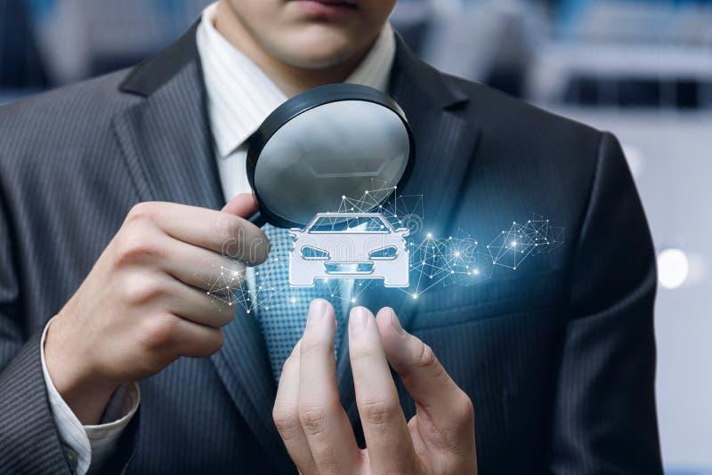 Η έννοια της επιθεώρησης και της εξέτασης του αυτοκινήτου στοκ εικόνες