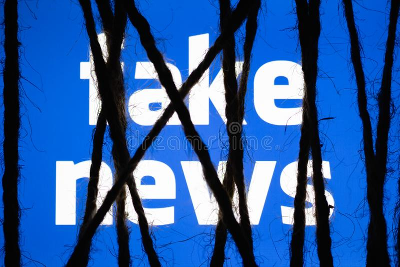 Η έννοια της καταστολής στις πλαστές ειδήσεις προκαλεί τις ανησυχίες λογοκρισίας απεικόνιση αποθεμάτων