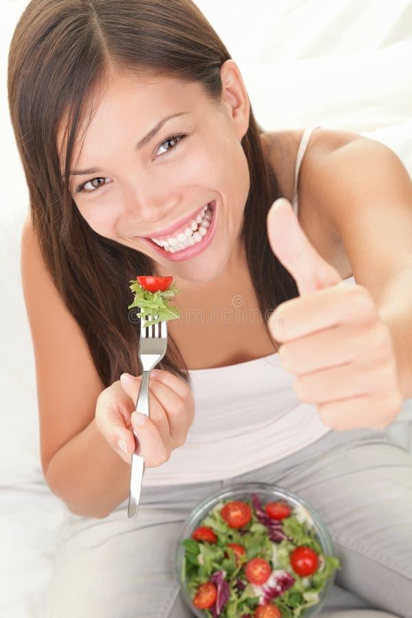 η έννοια τρώει την υγιή σαλά&ta στοκ εικόνες