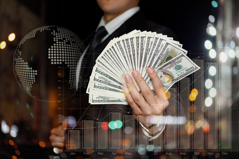 Η έννοια των αποδοχών μετρητών και της οικονομικής επιτυχίας στοκ φωτογραφίες