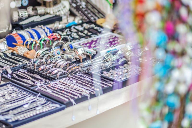 Η αγορά χίπηδων Arabi Punta είναι μια διάσημη θέση στο νησί όπου οι καλλιτέχνες πωλούν τις χειροποίητα τέχνες και τα αναμνηστικά στοκ εικόνες