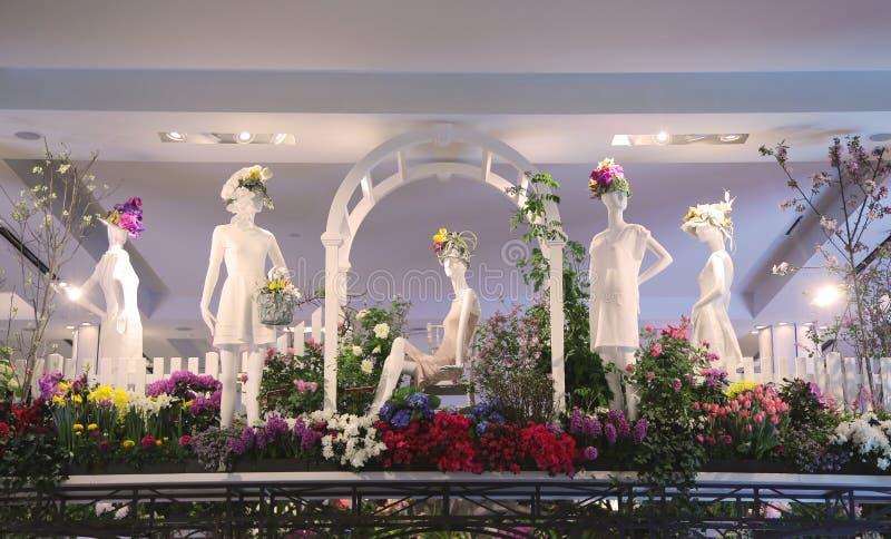 Η Αμερική η όμορφη διακόσμηση λουλουδιών θέματος κατά τη διάρκεια του ετήσιου λουλουδιού διάσημου Macy παρουσιάζει στοκ φωτογραφίες