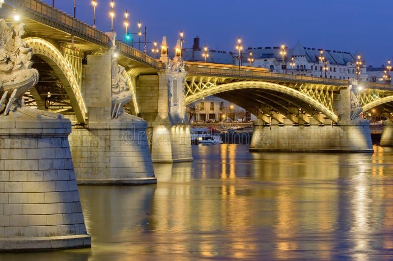 Download Η αναδημιουργημένη γέφυρα της Margaret, Βουδαπέστη, Ουγγαρία Στοκ Εικόνα - εικόνα από απεικονισμένος, φωτισμένος: 62719519