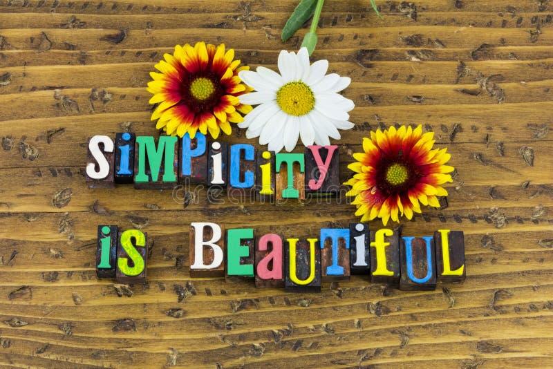 Η απλότητα είναι όμορφη απλή αποτελεσματική στοκ φωτογραφία με δικαίωμα ελεύθερης χρήσης
