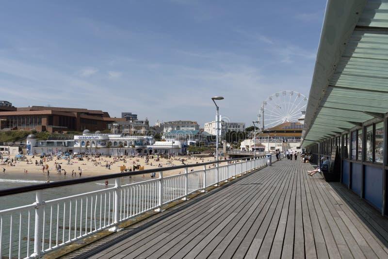 Η αποβάθρα στο Bournemouth Αγγλία UK στοκ εικόνες