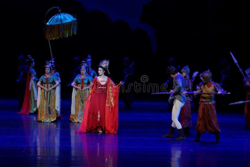 Η αυτοκινητοπομπή είναι ο εμποδίζω-εκτελωνισμός τέσσερα πράξεων εμποδισμένος ` ` - επική πριγκήπισσα ` μεταξιού δράματος ` χορού στοκ εικόνα με δικαίωμα ελεύθερης χρήσης