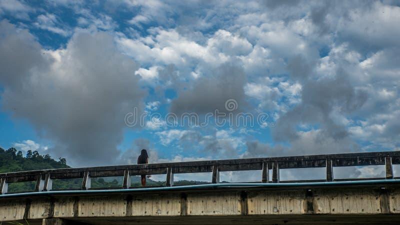 Η γέφυρα σε Kiriwong Ταϊλάνδη στοκ εικόνα με δικαίωμα ελεύθερης χρήσης