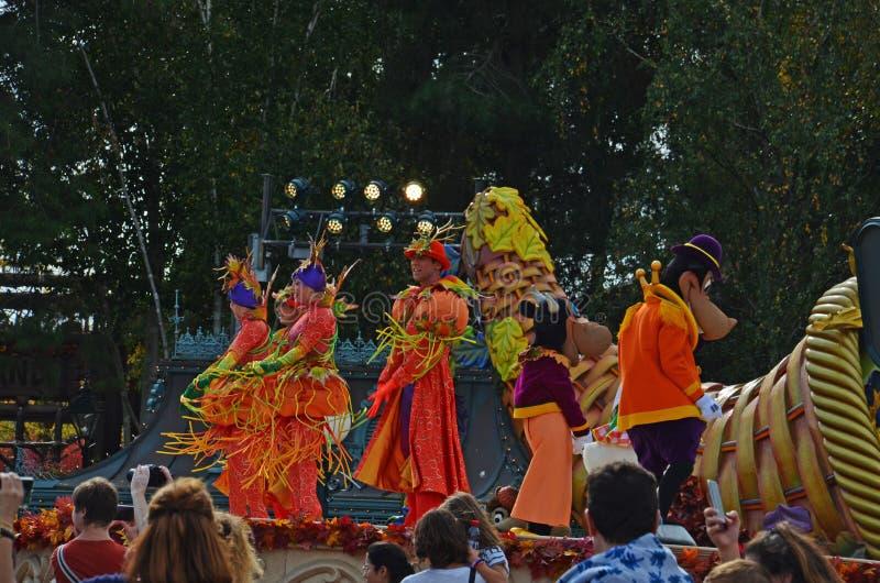 Η Γαλλία, Παρίσι, Disneyland, στις 14 Οκτωβρίου 2018 Disneyland παρουσιάζει στο χρόνο στενό επάνω στοκ εικόνα