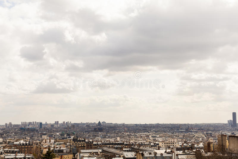 Η γενική στέγη ολοκληρώνει τη εικονική παράσταση πόλης με το διάστημα αντιγράφων στοκ εικόνες με δικαίωμα ελεύθερης χρήσης