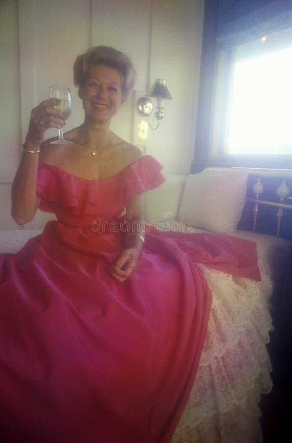 Η γυναίκα έντυσε ως νότια Belle στοκ φωτογραφίες με δικαίωμα ελεύθερης χρήσης