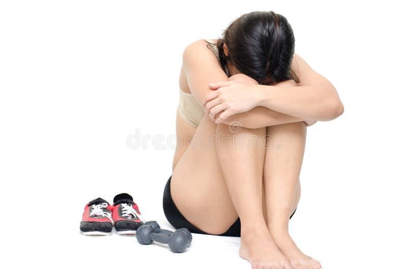 Η γυναίκα σταματά στην άσκηση διατροφής στοκ εικόνα