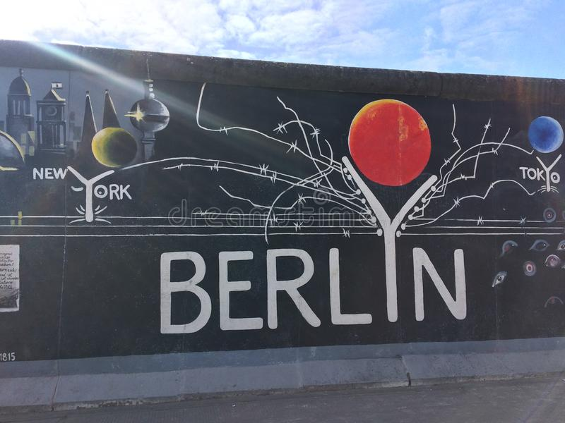 Η δευτερεύουσα στοά Βερολίνο est στοκ φωτογραφία