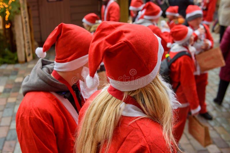 Η διασκέδαση του Santa τρέχει το γεγονός φιλανθρωπίας στη Ρήγα στοκ εικόνα με δικαίωμα ελεύθερης χρήσης