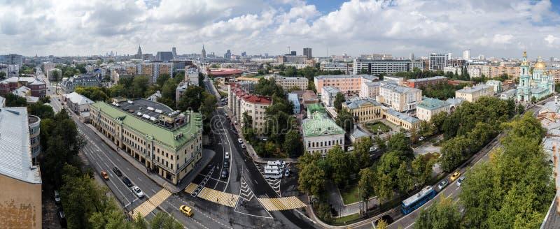 Η διατομή Spartakovskaya, των οδών Novoryazanskaya και της μετάβασης Elokhovsky στοκ εικόνα με δικαίωμα ελεύθερης χρήσης