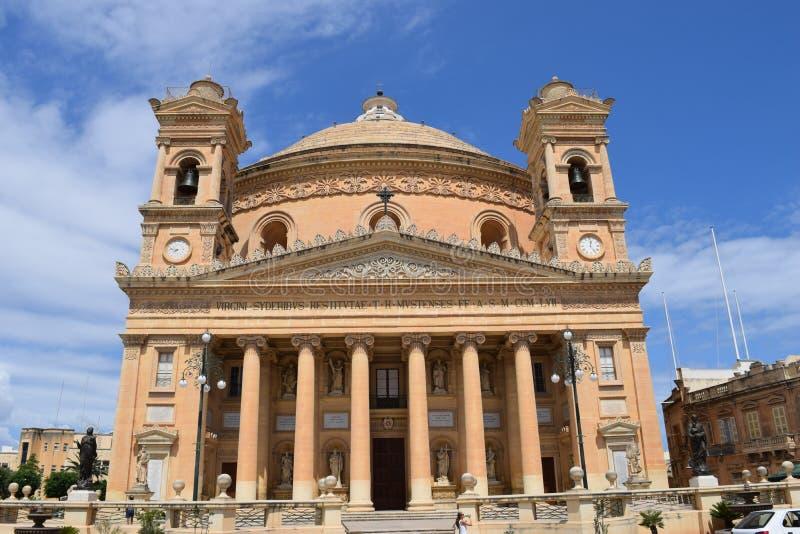 Η εκκλησία θόλων Mosta στοκ εικόνες με δικαίωμα ελεύθερης χρήσης
