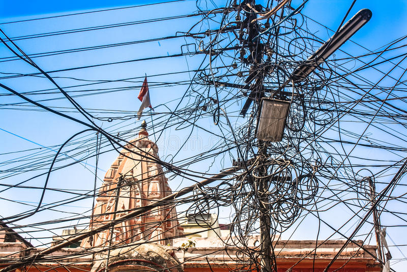 Ηλεκτρικά καλώδια Messey στοκ εικόνες