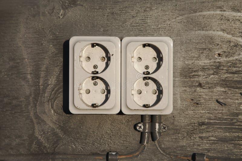 Ηλεκτρική κινηματογράφηση σε πρώτο πλάνο υποδοχών στοκ εικόνα