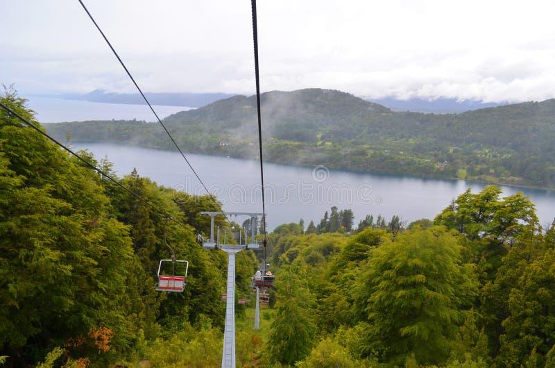 Η εναέρια τροχιοδρομική γραμμή ανυψώνει SAN Carlos de Bariloche στοκ εικόνες με δικαίωμα ελεύθερης χρήσης