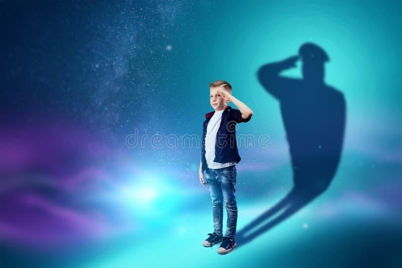 Η επιλογή του επαγγέλματος, το μέλλον του παιδιού Τα όνειρα αγοριών να γίνει στρατιωτικός r διανυσματική απεικόνιση