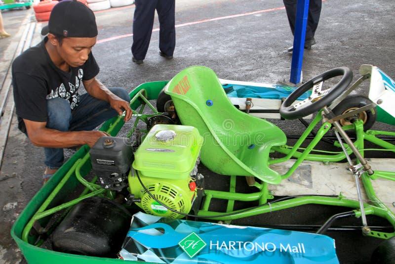 Η επισκευή πηγαίνει kart στοκ φωτογραφία με δικαίωμα ελεύθερης χρήσης
