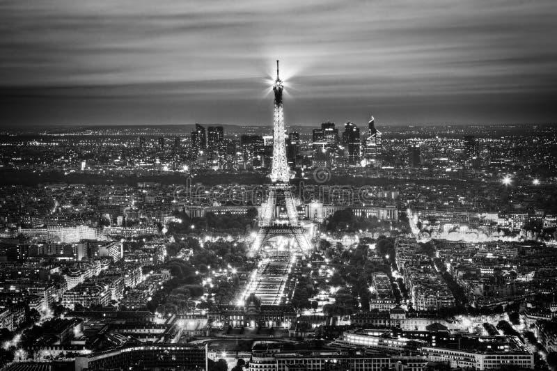 Η ελαφριά απόδοση πύργων του Άιφελ παρουσιάζει τη νύχτα, Παρίσι, Γαλλία. στοκ φωτογραφία