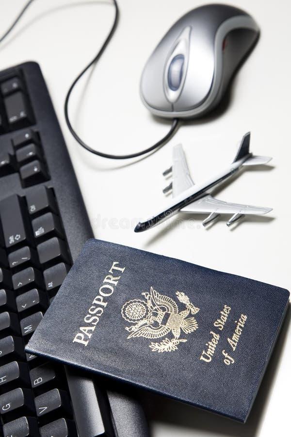 η ζωή έννοιας on-line ακόμα ταξιδ&epsi στοκ φωτογραφία με δικαίωμα ελεύθερης χρήσης