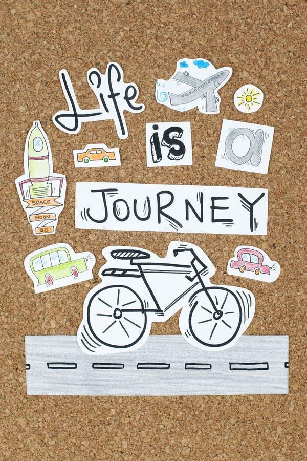 Η ζωή είναι ένα εμπνευσμένο σχέδιο αποσπάσματος ταξιδιών στοκ εικόνες