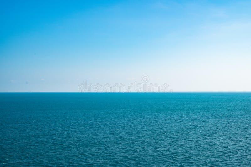 Η θάλασσα λείωσε στον ουρανό στοκ φωτογραφία με δικαίωμα ελεύθερης χρήσης