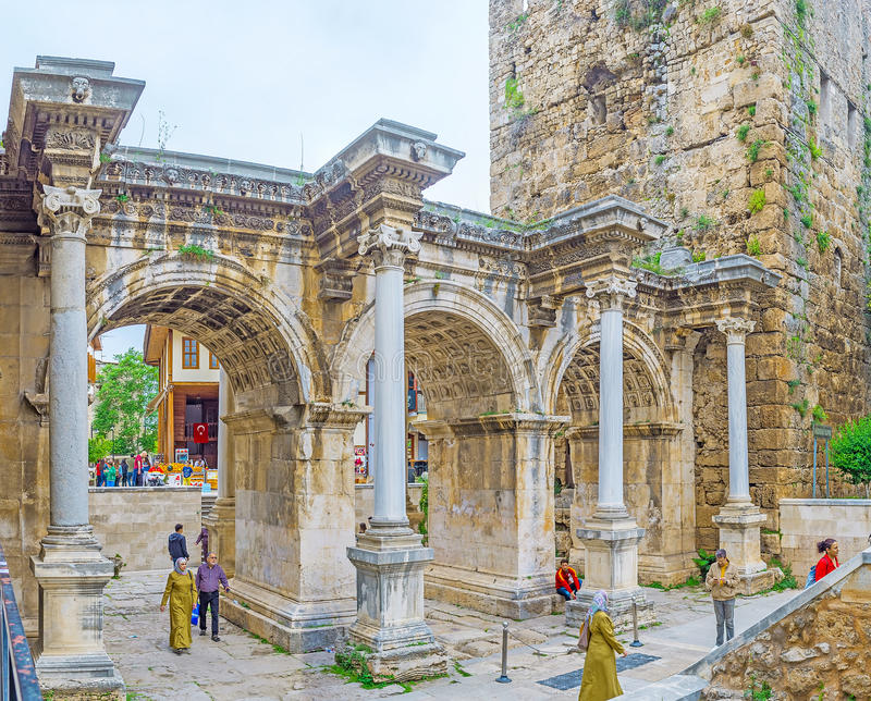 Η θριαμβευτική πύλη σε Antalya στοκ εικόνα με δικαίωμα ελεύθερης χρήσης