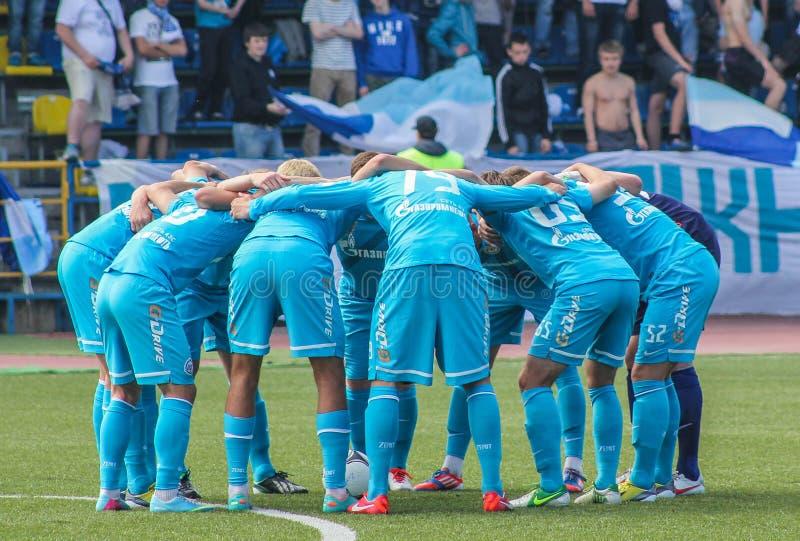 Η διάθεση της ομάδας πριν από έναν αγώνα ποδοσφαίρου στοκ εικόνα με δικαίωμα ελεύθερης χρήσης