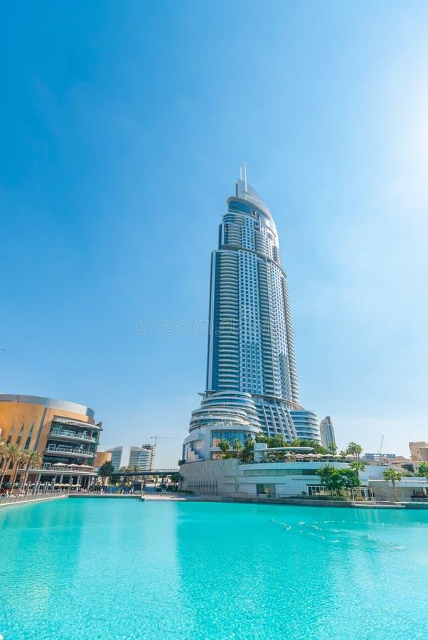 Η διεύθυνση στο κέντρο της πόλης Ντουμπάι στοκ εικόνες