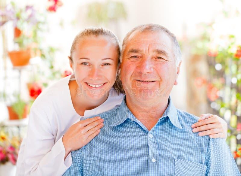Ηλικιωμένη οικιακή φροντίδα στοκ φωτογραφία
