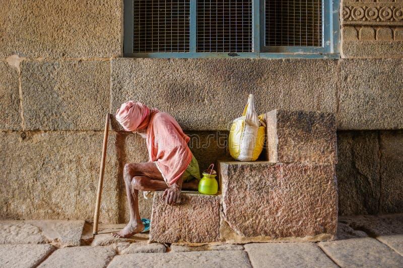 Ηλικιωμένος ινδικός επαίτης στοκ εικόνες