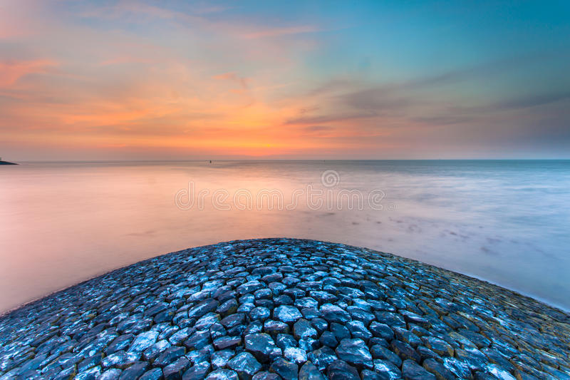 Ηλιοβασίλεμα από το κεφάλι αποβαθρών στοκ εικόνες με δικαίωμα ελεύθερης χρήσης