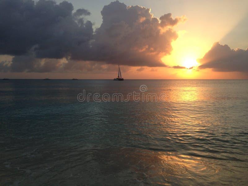 Ηλιοβασίλεμα Γκραν Κέιμαν στοκ φωτογραφία με δικαίωμα ελεύθερης χρήσης