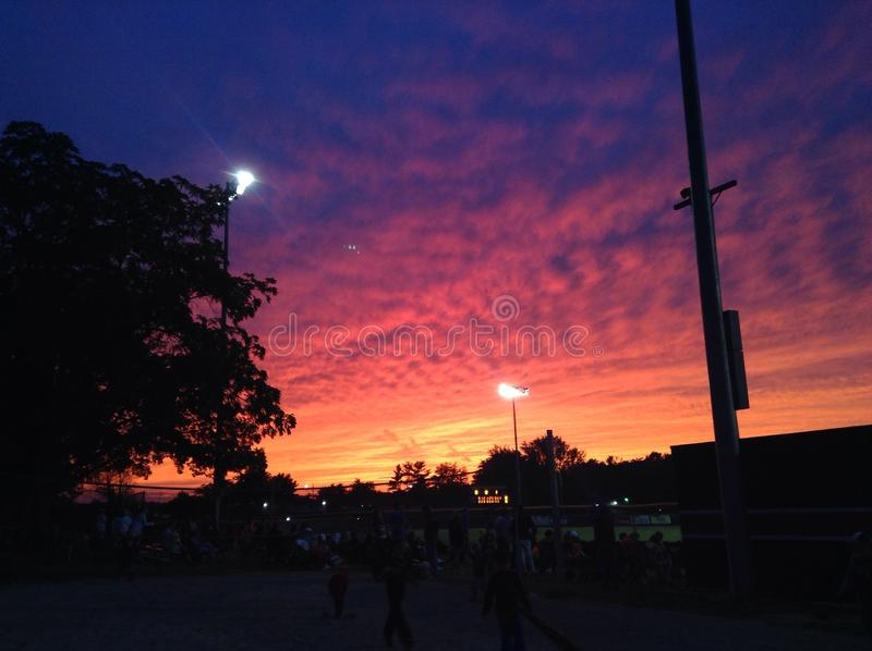 Ηλιοβασίλεμα μπέιζ-μπώλ στοκ εικόνες