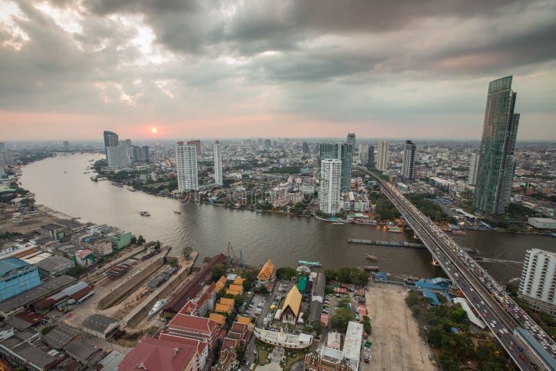 Ηλιοβασίλεμα οριζόντων της Μπανγκόκ στοκ φωτογραφία με δικαίωμα ελεύθερης χρήσης