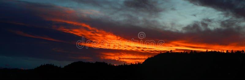Ηλιοβασίλεμα πέρα από το τσερόκι πάρκο στοκ εικόνες με δικαίωμα ελεύθερης χρήσης