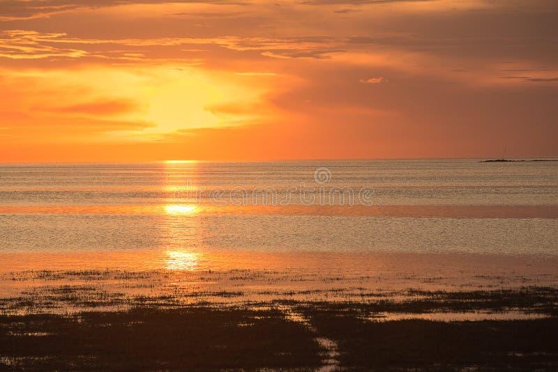 Ηλιοβασίλεμα παραλιών του Hudson στοκ εικόνα με δικαίωμα ελεύθερης χρήσης
