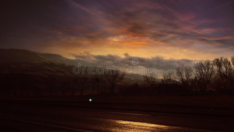 Ηλιοβασίλεμα στην άμπελο στοκ εικόνες