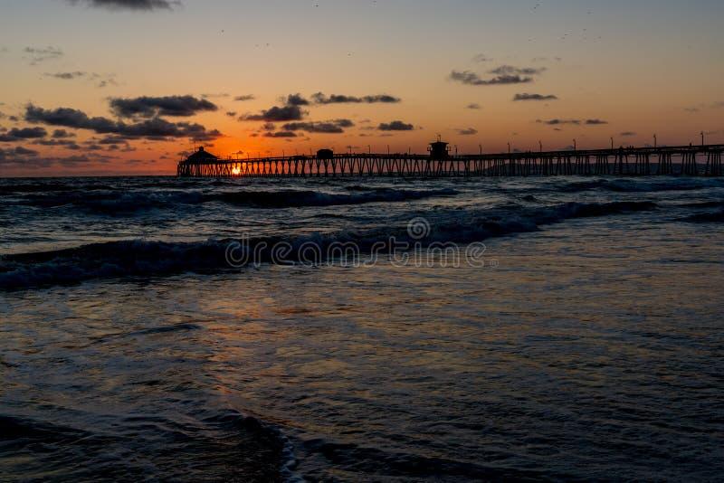 Ηλιοβασίλεμα στην αυτοκρατορική παραλία, ασβέστιο στοκ εικόνες