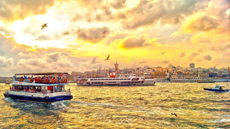 Ηλιοβασίλεμα στην εικόνα Bosphorus hdr στοκ φωτογραφία με δικαίωμα ελεύθερης χρήσης
