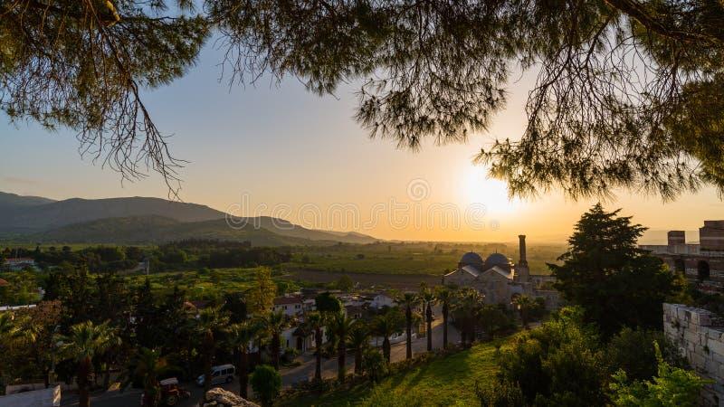 Ηλιοβασίλεμα στην εκκλησία StJohn στοκ εικόνες