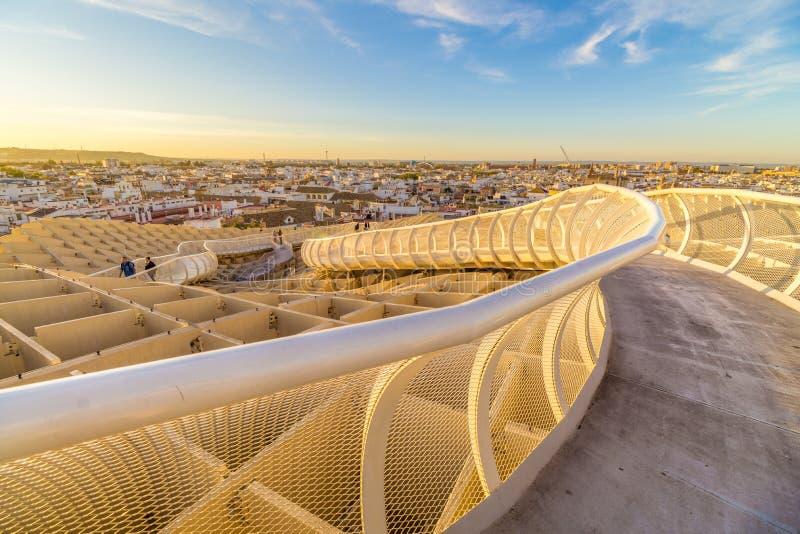 Ηλιοβασίλεμα στην κορυφή της Σεβίλης στοκ εικόνες με δικαίωμα ελεύθερης χρήσης