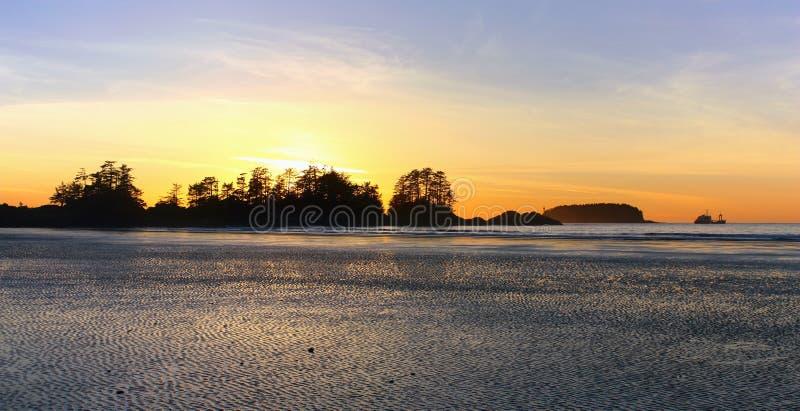 Ηλιοβασίλεμα στην παραλία Chesterman, Tofino, Νησί Βανκούβερ στοκ φωτογραφίες