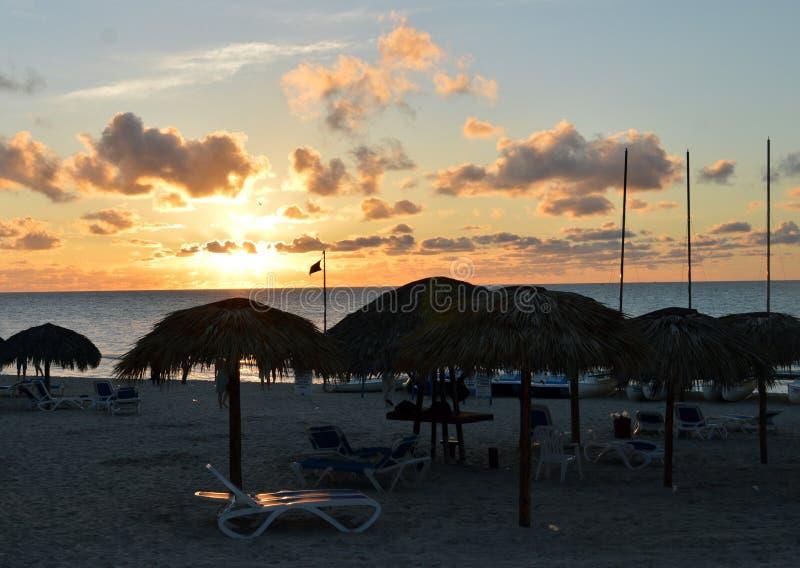 Ηλιοβασίλεμα στην παραλία Varadero, Κούβα στοκ εικόνες